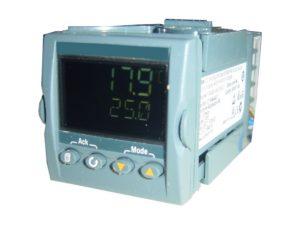 Régulateurs électroniques de température.