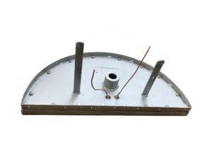 Résistances chauffantes sous perles en céramique – SCIENTAX - montées dans un outillage. // Heating elements under ceramic beads - SCIENTAX - mounted in a tool.