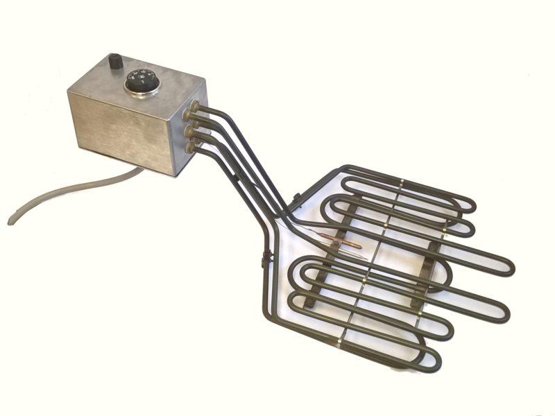 Thermoplongeur bord de cuve (friteuse), fond de bac avec boitier de connexions et thermostat.