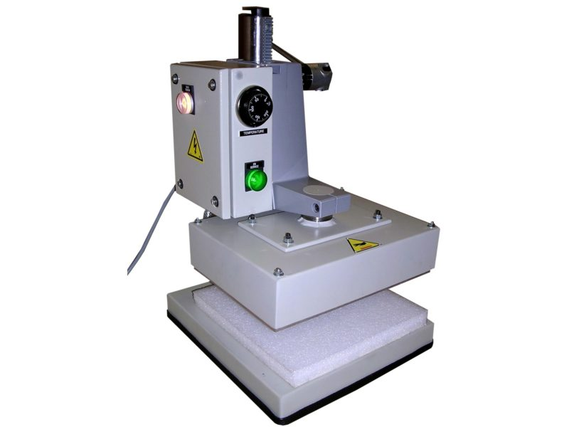 Thermoscelleuse manuelle pour l'emballage unitaire de médicament - SCIENTAX // Manual thermosealing machine for the unitary packaging of medicines - SCIENTAX